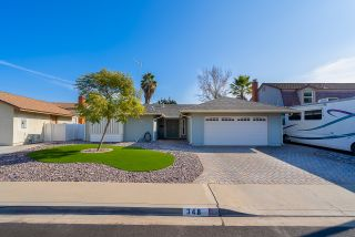 Photo 2: CHULA VISTA House for sale : 4 bedrooms : 348 Spruce St