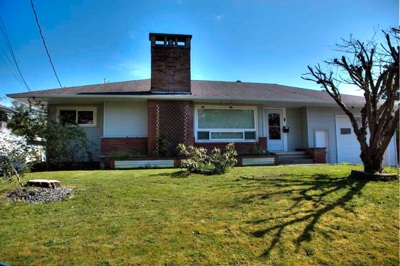 Main Photo: 46590 RIVERSIDE Drive in Chilliwack: Chilliwack N Yale-Well House for sale : MLS®# R2579269