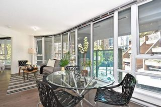 """Photo 6: 312 788 HAMILTON Street in Vancouver: Downtown VW Condo for sale in """"TV Towers"""" (Vancouver West)  : MLS®# R2364675"""