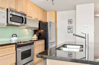 Photo 9: 302 215 13 Avenue SW in Calgary: Beltline Apartment for sale : MLS®# A1112985