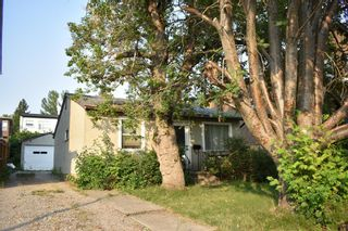 Photo 1: 4924 20 Avenue NW in Calgary: Montgomery Detached for sale : MLS®# A1128946
