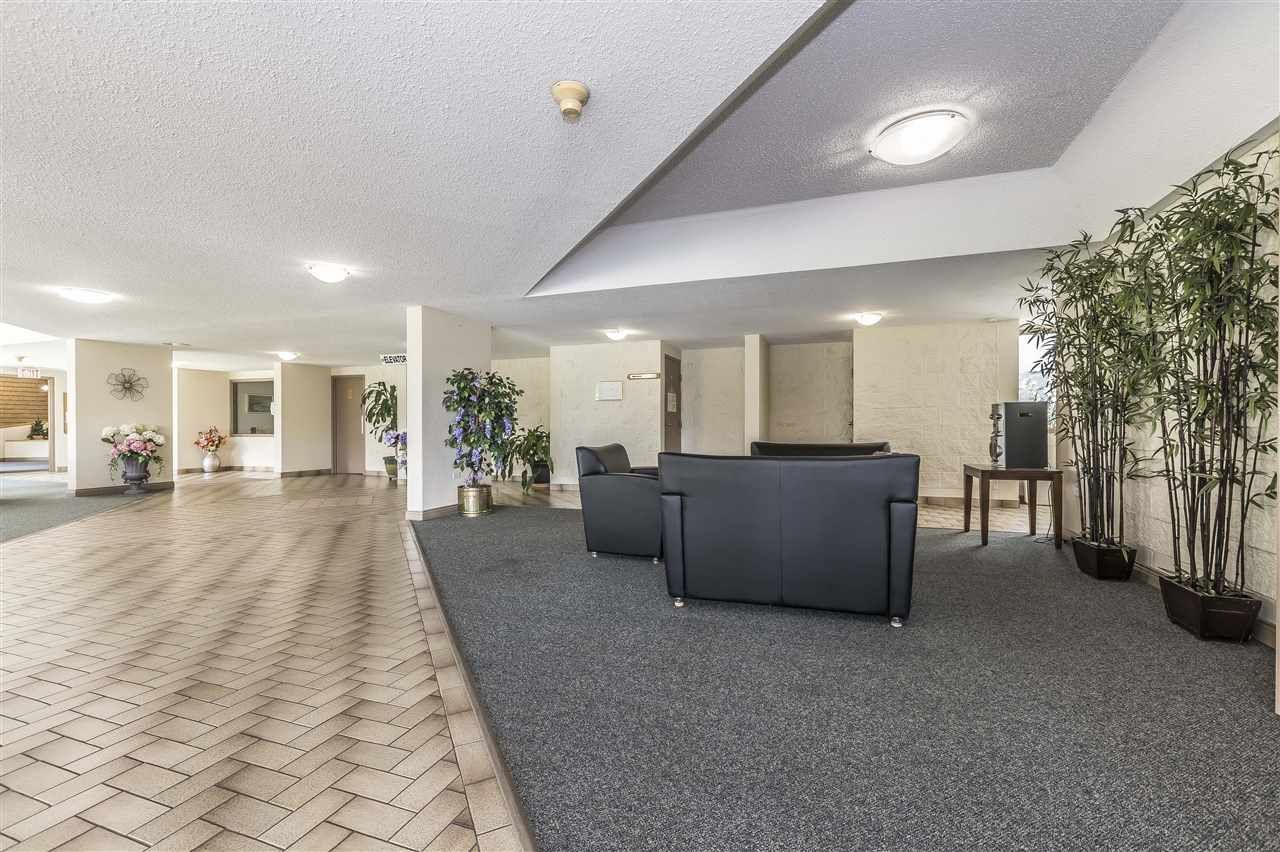 Photo 3: Photos: 211 31955 OLD YALE ROAD in Abbotsford: Abbotsford West Condo for sale : MLS®# R2274586