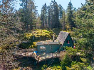 FEATURED LISTING: 4470 MCLINTOCK Road Madeira Park