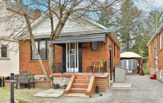 Photo 2: 606 Mortimer Avenue in Toronto: Danforth Village-East York House (Bungalow) for sale (Toronto E03)  : MLS®# E5191733