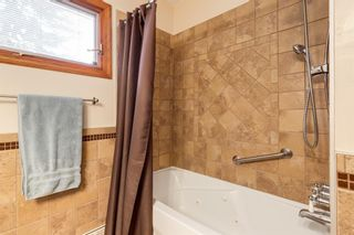 Photo 16: 28 Kelvin Place SW in Calgary: Kingsland Detached for sale : MLS®# A1079223