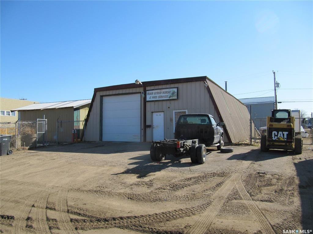 Main Photo: 772 108th Street in North Battleford: Paciwin Commercial for sale : MLS®# SK850315