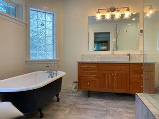 Photo 17: 829 Lazo Rd in : CV Comox Peninsula House for sale (Comox Valley)  : MLS®# 871428