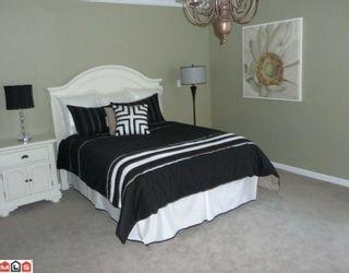 """Photo 8: 101 14934 THRIFT Avenue: White Rock Condo for sale in """"Villa Positano"""" (South Surrey White Rock)  : MLS®# F1004051"""