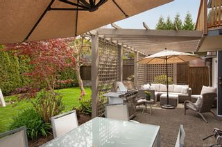 Photo 3: 3425 Mary Anne Cres in Colwood: Co Triangle House for sale : MLS®# 838574