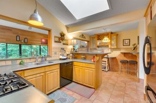 """Photo 14: 2716 ANCHOR Place in Coquitlam: Ranch Park House for sale in """"RANCH PARK"""" : MLS®# R2279378"""