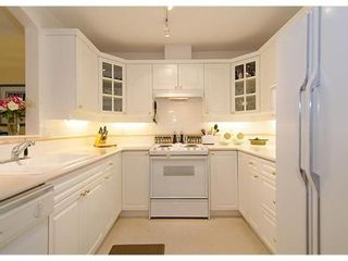 Photo 5: 123 5835 HAMPTON Place in Vancouver West: University VW Home for sale ()  : MLS®# V967168