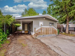 Photo 3: 69 3223 83 Street NW in Calgary: Greenwood/Greenbriar Mobile for sale : MLS®# A1133242