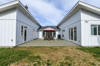 Photo 9: 3641 Cameron Rd in : CV Courtenay South House for sale (Comox Valley)  : MLS®# 869201