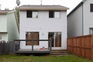 Photo 3: 112 Woodfield Close SW in Calgary: Woodbine Detached for sale : MLS®# A1124428