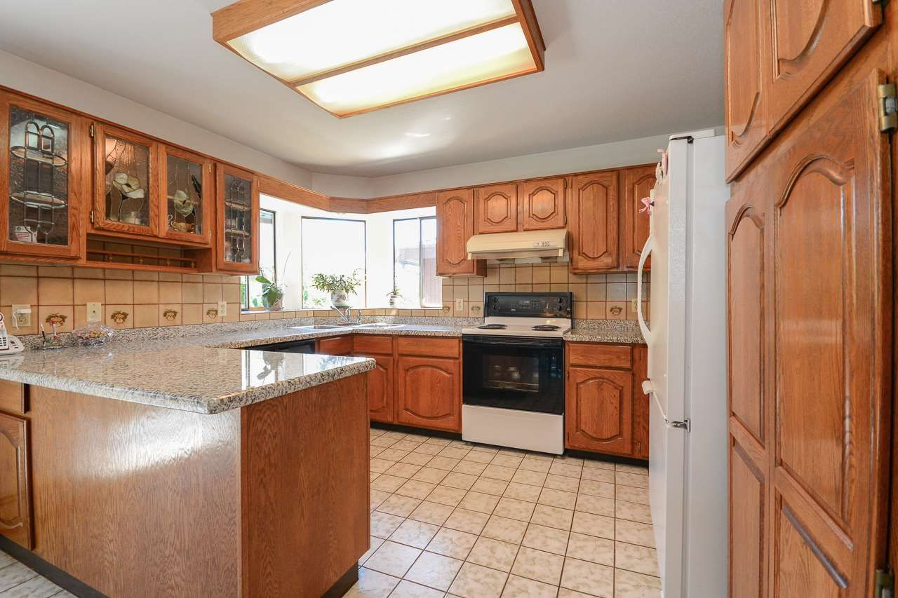 Photo 6: Photos: 1230 PHILLIPS AVENUE in Burnaby: Simon Fraser Univer. House for sale (Burnaby North)  : MLS®# R2288510
