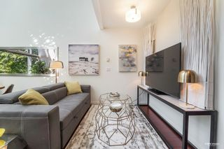 """Photo 5: 1139 SEYMOUR Street in Vancouver: Downtown VW Townhouse for sale in """"BRAVA"""" (Vancouver West)  : MLS®# R2619571"""