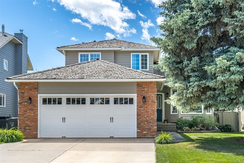 FEATURED LISTING: 1227 DEER RIVER Circle Southeast Calgary