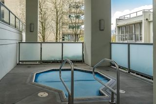 """Photo 19: 401 1228 W HASTINGS Street in Vancouver: Coal Harbour Condo for sale in """"PALLADIO"""" (Vancouver West)  : MLS®# R2258728"""