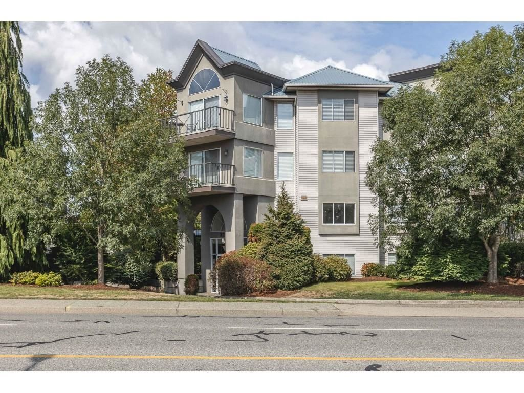 """Main Photo: 308 32725 GEORGE FERGUSON Way in Abbotsford: Abbotsford West Condo for sale in """"Uptown"""" : MLS®# R2611320"""