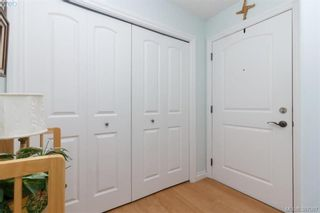 Photo 5: 302 9950 Fourth St in SIDNEY: Si Sidney North-East Condo for sale (Sidney)  : MLS®# 777829