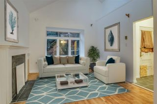 Photo 2: 1829 STEPHENS Street in Vancouver: Kitsilano House for sale (Vancouver West)  : MLS®# R2532055