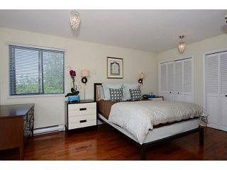 "Photo 8: 406 E 48TH Avenue in Vancouver: Fraser VE House for sale in ""FRASER"" (Vancouver East)  : MLS®# V1066531"
