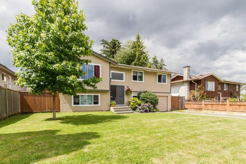 FEATURED LISTING: 11981 210 Street Maple Ridge