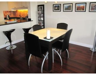 """Photo 7: # 25E 6128 PATTERSON AV in Burnaby: Metrotown Condo for sale in """"GRAND CENTRAL PARK PLACE"""" (Burnaby South)  : MLS®# V797619"""