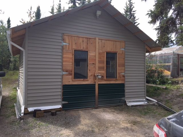 """Photo 3: Photos: 4371 BLACKWATER Road in Quesnel: Bouchie Lake House for sale in """"BLACKWATER - NAZKO"""" (Quesnel (Zone 28))  : MLS®# R2402787"""