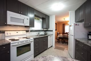 """Photo 10: 138 1840 160 Street in Surrey: King George Corridor Manufactured Home for sale in """"BREAKAWAY BAYS"""" (South Surrey White Rock)  : MLS®# R2010007"""