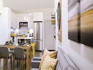 Photo 2: 307 15351 101 Avenue in Surrey: Guildford Condo for sale (North Surrey)  : MLS®# R2333314