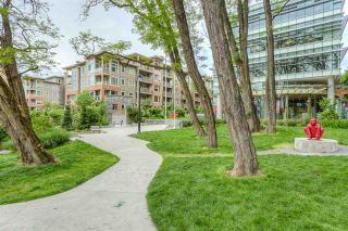 """Photo 19: 401 119 W 22ND Street in North Vancouver: Central Lonsdale Condo for sale in """"Anderson Walk"""" : MLS®# R2436594"""