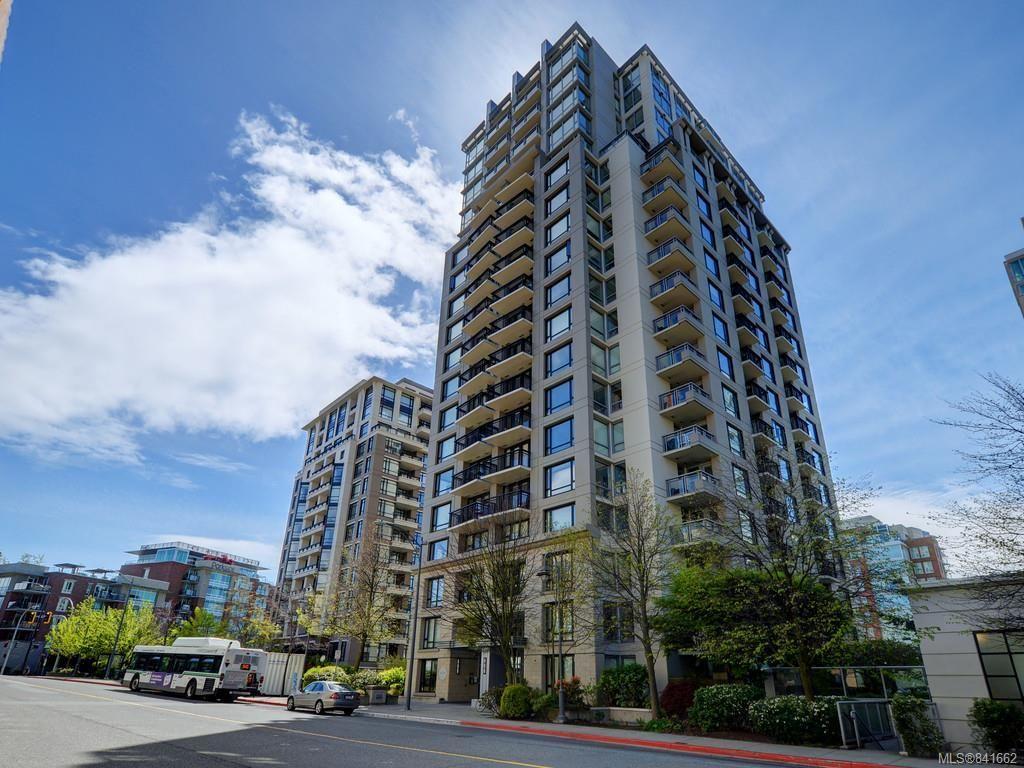 Main Photo: 1505 751 Fairfield Rd in Victoria: Vi Downtown Condo for sale : MLS®# 841662