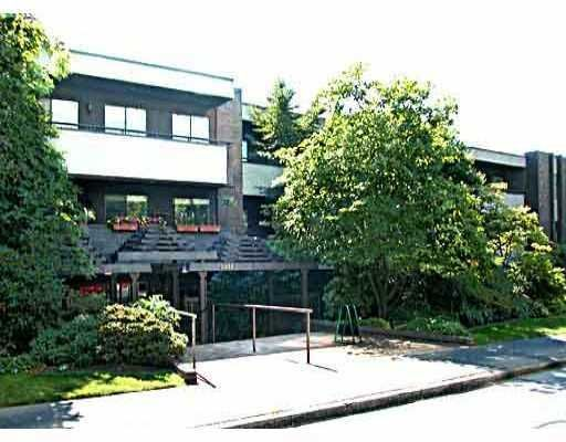 FEATURED LISTING: 301 2416 W 3RD AV Vancouver