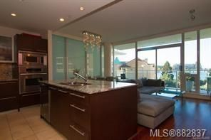 Photo 13: 206 68 Songhees Rd in : VW Songhees Condo for sale (Victoria West)  : MLS®# 882837