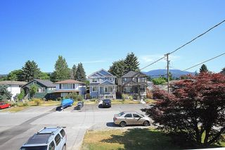 Photo 5: 1956 Fraser Ave in Port Coquitlam: House for sale : MLS®# V1130330