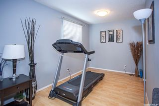 Photo 6: 550 Fisher Crescent in Saskatoon: Confederation Park Residential for sale : MLS®# SK865033