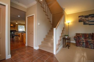 Photo 3: 8 15 Helmcken Rd in View Royal: VR Hospital Row/Townhouse for sale : MLS®# 829595