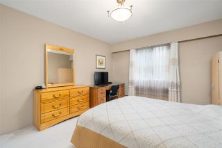 """Photo 19: 8983 HORNE Street in Burnaby: Government Road Townhouse for sale in """"TUDOR VILLAGE (KENTSHIRE)"""" (Burnaby North)  : MLS®# R2561565"""