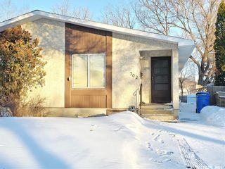 Main Photo: 302 Magee Crescent in Regina: Argyle Park Residential for sale : MLS®# SK841212