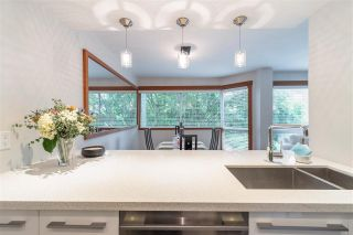 """Photo 6: 301 1510 W 1ST Avenue in Vancouver: False Creek Condo for sale in """"Mariner Walk"""" (Vancouver West)  : MLS®# R2589814"""