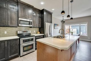 Photo 2: 2012 20 Avenue NW in Calgary: Banff Trail Detached for sale : MLS®# A1061781