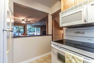 Photo 8: 25 1174 INLET Street in Coquitlam: New Horizons Townhouse for sale : MLS®# R2189009