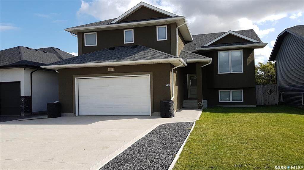 Main Photo: 129 Olauson Crescent in Vanscoy: Residential for sale : MLS®# SK840706