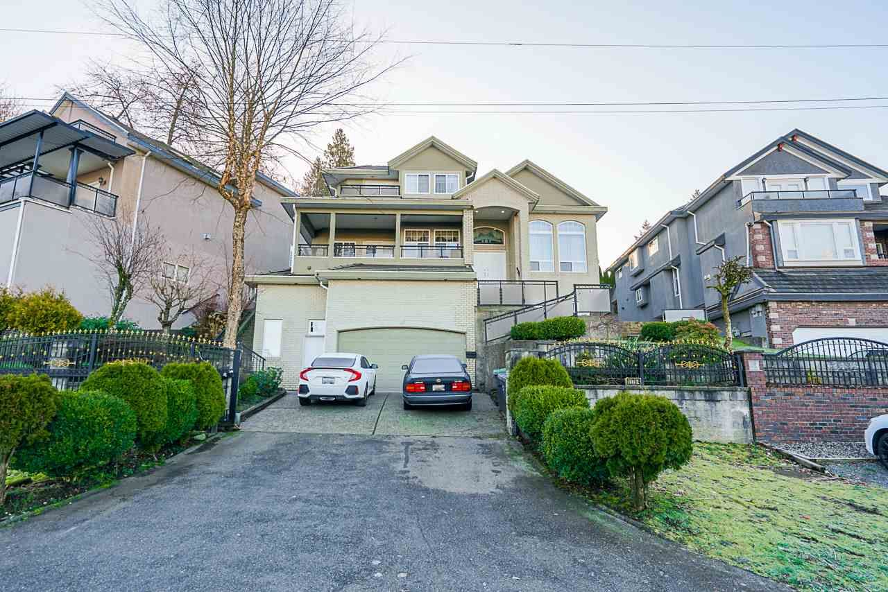 Main Photo: 11764 RIVER Road in Surrey: Royal Heights House for sale (North Surrey)  : MLS®# R2556612