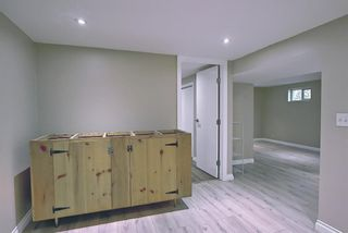 Photo 22: 420 Thornhill Place NW in Calgary: Thorncliffe Detached for sale : MLS®# A1146639