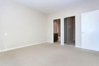 Photo 7: 409 6450 194 STREET in Surrey: Clayton Condo for sale (Cloverdale)  : MLS®# R2128712
