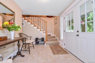 Photo 18: 385 IVOR Rd in Saanich: SW Prospect Lake House for sale (Saanich West)  : MLS®# 833827