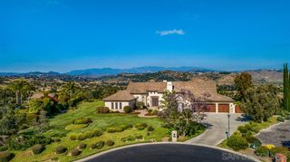 Photo 1: FALLBROOK House for sale : 4 bedrooms : 1966 Katie Court