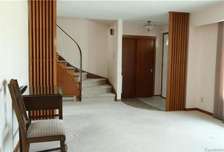 Photo 2: 829 Montrose Street in Winnipeg: River Heights South Residential for sale (1D)  : MLS®# 1808199